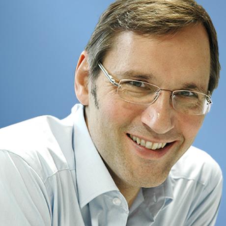 Dr. Andreas Amann